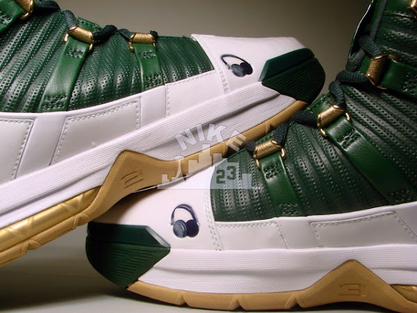 The LEBRONS 8211 8220Kid8221 Nike Zoom LeBron III Showcase