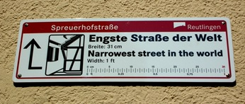 narrowest-street (2)