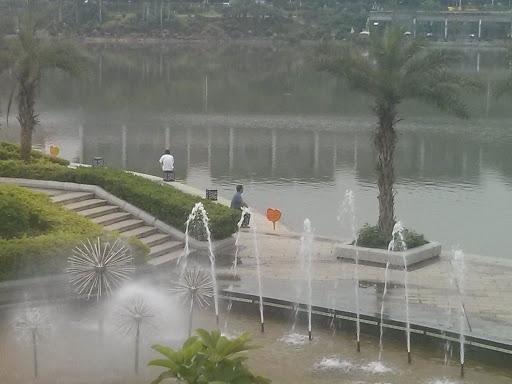 民歌湖舞台喷泉