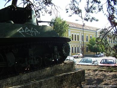 tenk i pogled na muzej