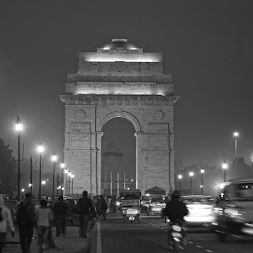 running india by Shashank Sharma - Black & White Buildings & Architecture ( b&w, peoples, night, architecture, india gate )