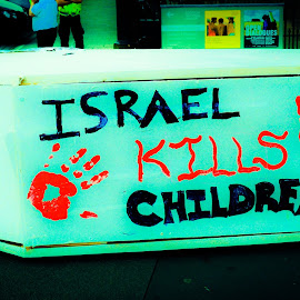 Support for Palestine Protest in Edinburgh city centre 26th of July 2014 by Lyndsay Hepburn - News & Events World Events ( warkills, endisrealigenocide, lossoflifewar, endisraeliinfanticide, isrealkillschildren )