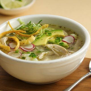 Slow Cooker Chicken Pozole Blanco
