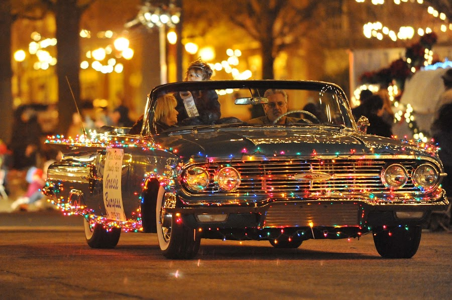 Christmas Parade Ride by Roy Walter - Public Holidays Christmas ( lights, holiday, christmas, night, christmas parade )
