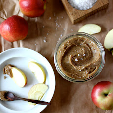 Raw Salted Caramel Apple Dip
