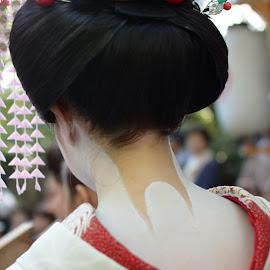 Beauty of Maiko by Dinita Setyawati - Novices Only Street & Candid ( #japantradition #, #maiko, #japan #tradition #beauty )