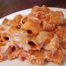 Italian Casserole (Rigatoni and Cheese With Tomato Sauce)