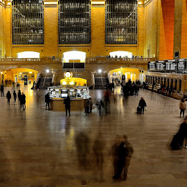 Grand Central Long Exposure by Chakra Winarso - Buildings & Architecture Public & Historical