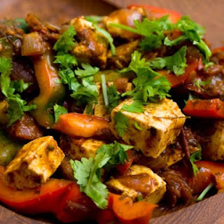 Kadhai Paneer (Stir Fried Cheese and Peppers)