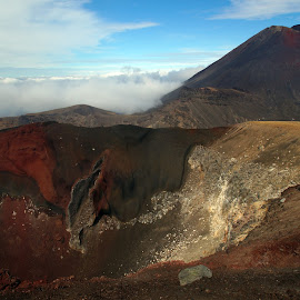 Red Crater by Dragan Keca - Landscapes Mountains & Hills ( crater, mountains, volcanoes, tongariro, new zealand )