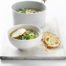 Caramelised Onion & Barley Soup With Cheese Croutons