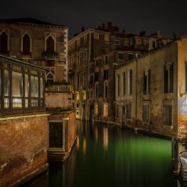 by Jesus Giraldo - City,  Street & Park  Street Scenes ( water, buldings,  )