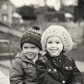 Big smiles by Jessy Jones-Photography - Babies & Children Toddlers ( family, children, siblings, twins, portrait,  )