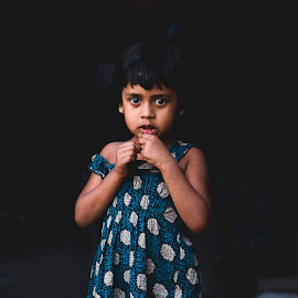 she doesn't talk much.her name's 'Anila',that's all i could get out of her. by Shuvajit Das - People Street & Candids (  )