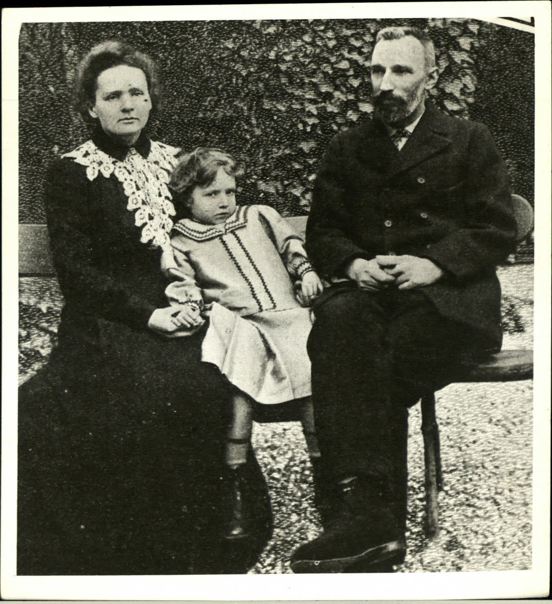 Marie, Irène and Pierre Curie in 1904