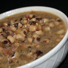 Spicy Ham Hocks and Black-Eyed Peas