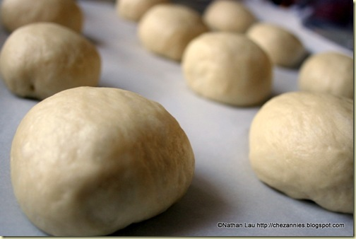 filled red bean buns proofing