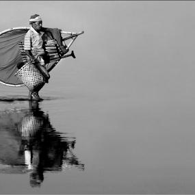by Irwan Karim - Black & White Street & Candid