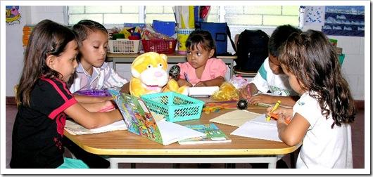 los_alumnos_cuentan_con_escuela_completamente_equipada
