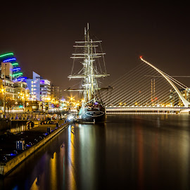 River Liffey  by Vaidotas Maneikis - Landscapes Travel ( ireland, dublin, samuel beckett bridge, long exposure, night, river )