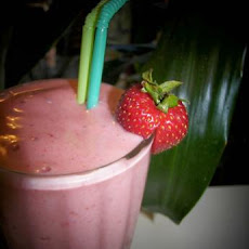 Prenatal Strawberry Banana Smoothies