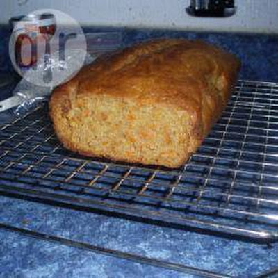 Carrot And Cinnamon Loaf Cake