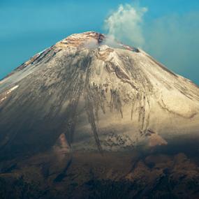Close up!! by Cristobal Garciaferro Rubio - Landscapes Mountains & Hills ( crater, popo, mexico, popocaatepetl, smoking volcano, snowy volcano )