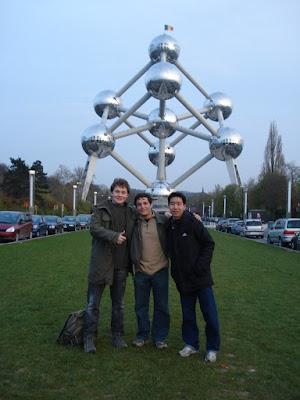 Átomo em Bruxelles