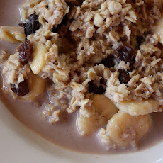 Slow Cooked Banana Walnut Oatmeal - In the Crock-pot