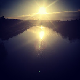 Sun on the way down Barwon River Geelong by Mic Larkins - Instagram & Mobile Instagram ( barwonriver, sun, river, beautiful )