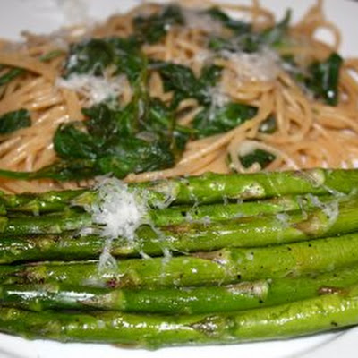 Whole Wheat Lemon Pasta with Spinach and Roasted Asparagus