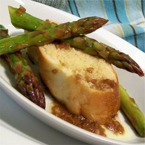 Barbecued Asparagus with Roasted Garlic Toast and Balsamic Vinaigrette