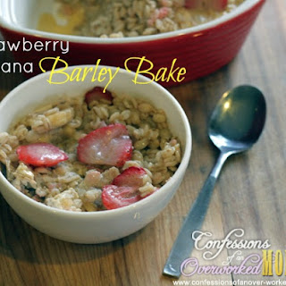 Strawberry Banana Barley Bake