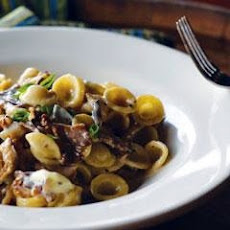 Orecchiette Pasta With Mushrooms And Walnuts