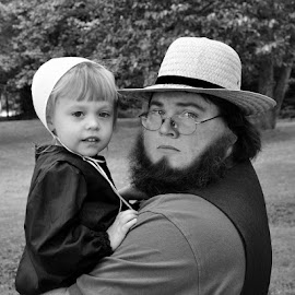 Amish Father Daughter, stop for a rare photo op! by Brian Graybill - People Family