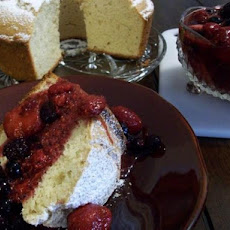 Bundt Cheese Cake With Strawberry Sauce