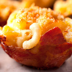 Prosciutto-Wrapped Macaroni and Cheese Cups Recipe