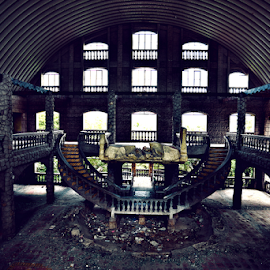 by Ocidem Graphix - Buildings & Architecture Decaying & Abandoned