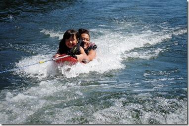 malia nani surfing