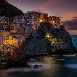 Manarola at sunrise by David Vertongen - City,  Street & Park  Vistas ( sea, italie, long exposure, sunrise, manarola, city )