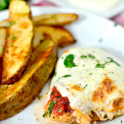 Baked Pesto Chicken Parmesan