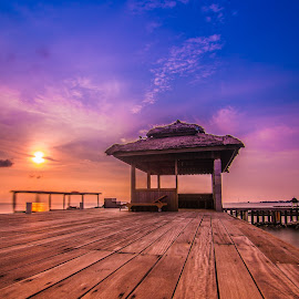 Sunset and wood by Igede Pratama - Landscapes Sunsets & Sunrises ( fuji x, wood, sunset, beach, landscape )