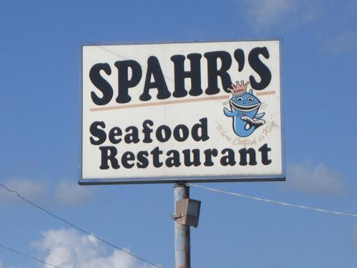 Spahr's Seafood Restaurant in Des Allemands