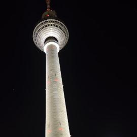Berliner Fernsehturm by Jan Berger - Buildings & Architecture Public & Historical ( tv tower, fernsehturm, berlin )
