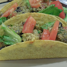 Spicy BLAQ (Bean, Leek, Avocado and Quinoa) Salad Tacos