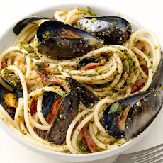 Bucatini With Mussels