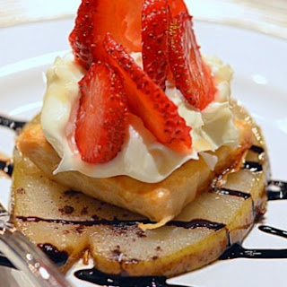 ~caramelized Warm Pear Strawberry & Mascarpone~