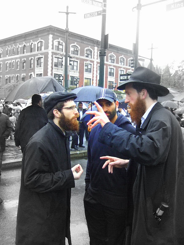 the crown heights riot essay Hasidim and blacks clashed in the crown heights section of brooklyn  earlier  yesterday, uniformed city policemen in riot gear were seen.