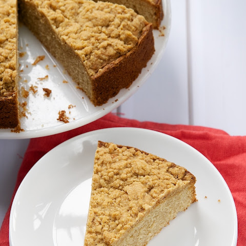 Brown Butter Sour Cream Crumb Cake