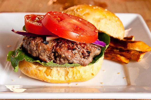 Stuffed Cheddar Bacon Cheeseburgers Recipe | Yummly